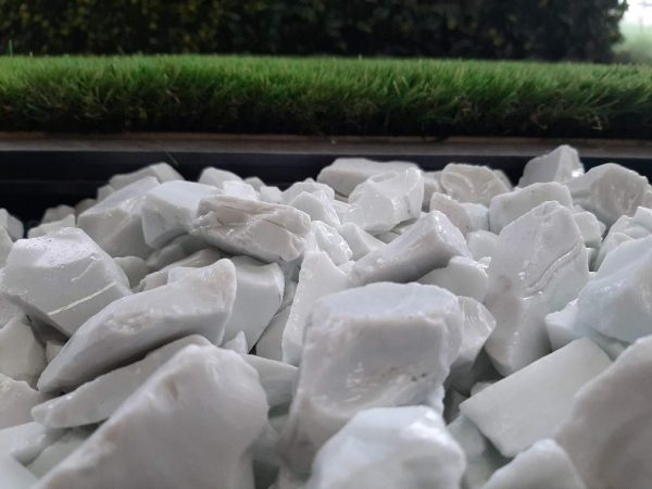 White Glass Pebbles 2-3 cm